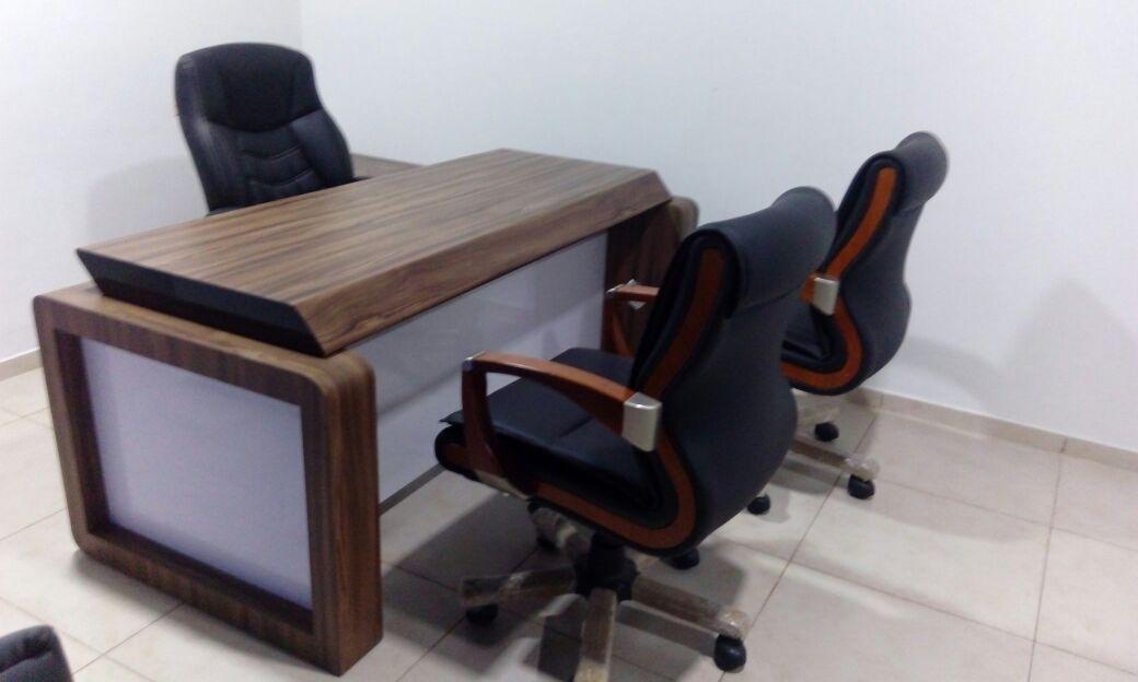 bravo-office table