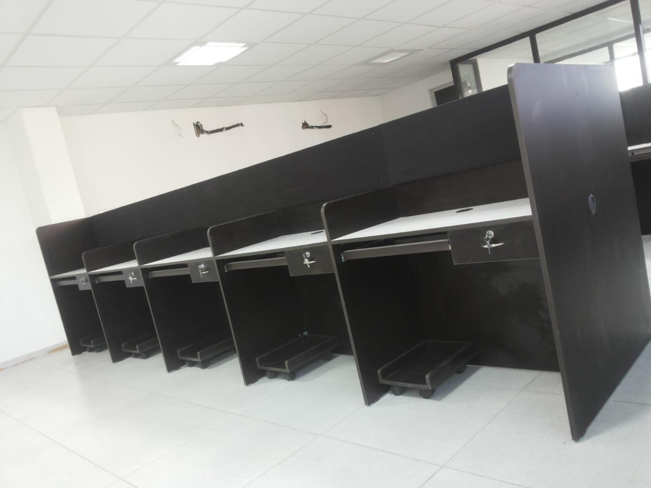 staff cubicle -betterhomeindia-min
