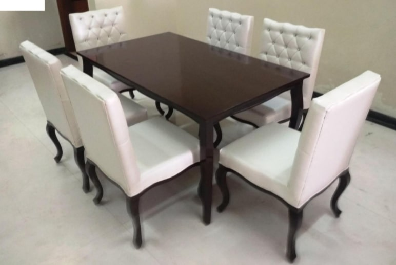 HILERY - DINING TABLE